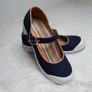 Dansko Vegan Valerie Canvas Shoes Women's Size 39